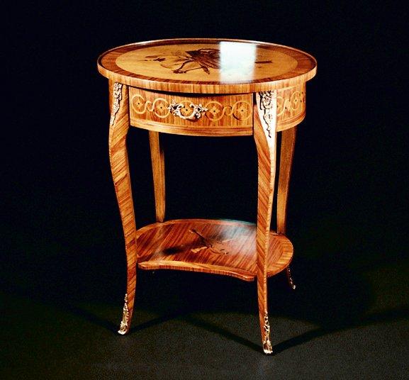 Tavolino intarsiato Stile Luigi XV Mod. VIOLINO