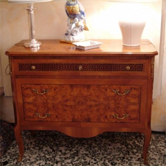 Produzione mobili in stile m i a mobili intarsiati artistici - Mobili luigi xvi prezzi ...